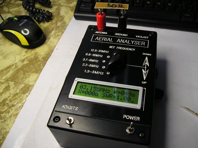 articles/2009/antenni-analyzer-vk5jst/P1010009.jpg